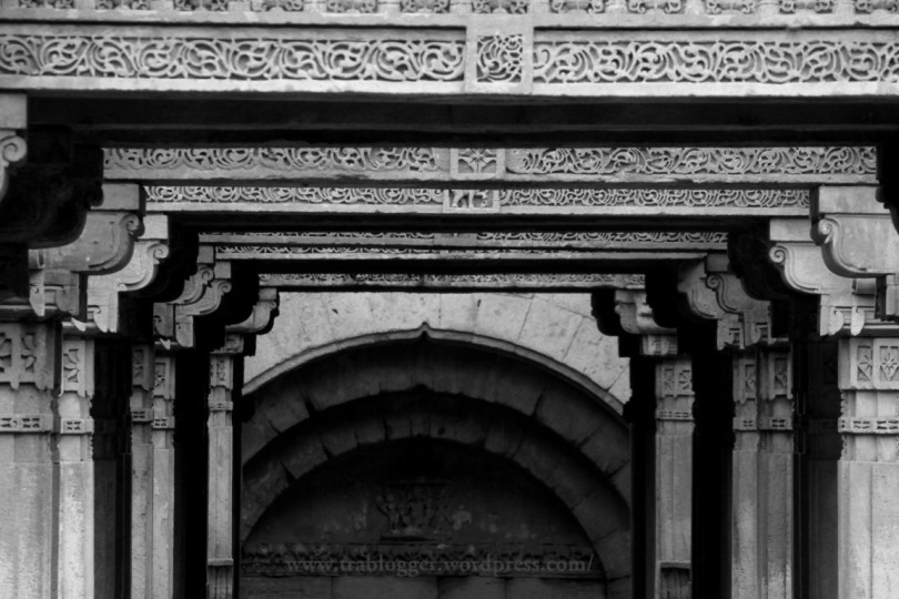 monochrome photography, adalaj stepwell