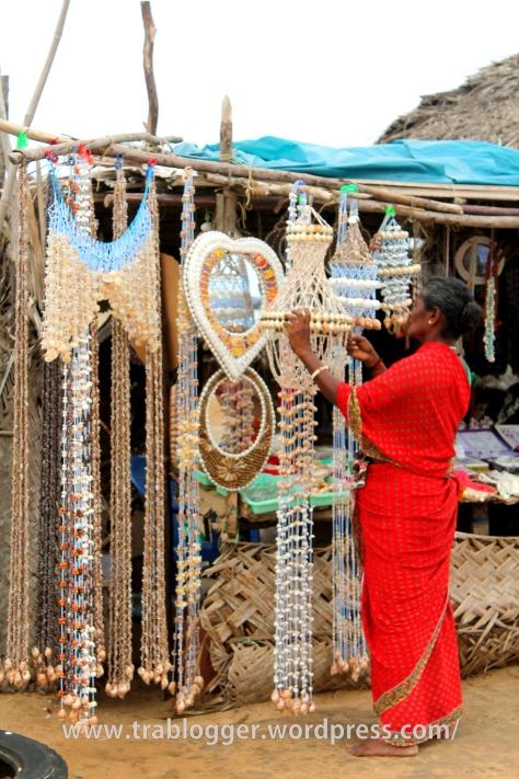 She sells sea shells on the sea shore ;)