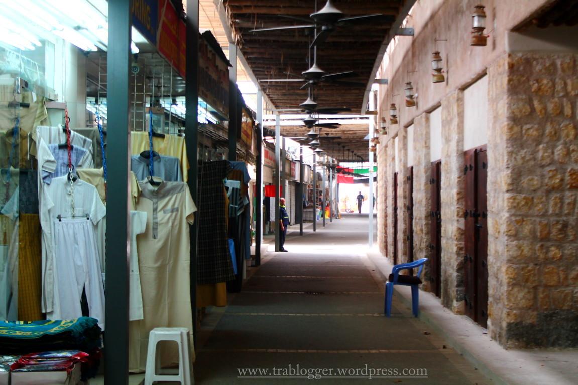 Inside Souq Saqr