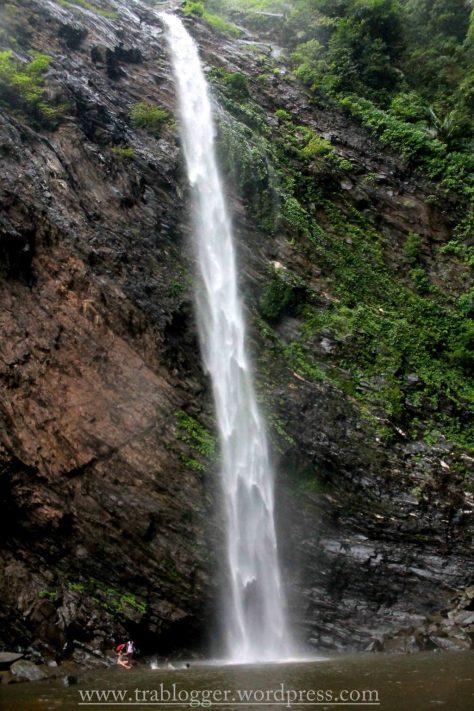 Koodlu waterfalls