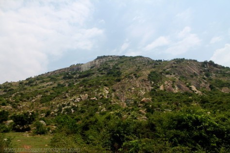 first view of skandagiri from the base